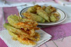 Frittelle di fiori di zucca | pastella con pasta madre | In cucina con Mire