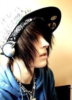 I'm Jaden, and I'm addicted to music. I'm thinking of starting a band, introduce and maybe I'll consider you (I can have 1-4 other people/ characters in this RP, so if there's already someone commenting, you can still jump in)