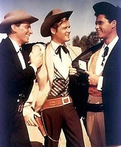 Bart, Beau, and Brent Maverick Old Tv Shows, Best Tv Shows, Movies And Tv Shows, Golden Age Of Hollywood, Hollywood Stars, Maverick Tv, Batman Tv Series, Actor James, Tv Westerns