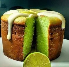 Bread Pudding Cake Gluten Free Ideas For 2019 Sweet Recipes, Cake Recipes, Dessert Recipes, Portuguese Desserts, Pudding Cake, Gluten Free Cakes, Sweet Cakes, Yummy Cakes, Love Food