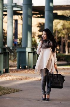We love this flowy blouse and fur snood pairing! Grey Fashion, Petite Fashion, Fashion Styles, Fall Outfits, Casual Outfits, Scarf Outfits, Tartan Scarf, Grey Jeans, Petite Women