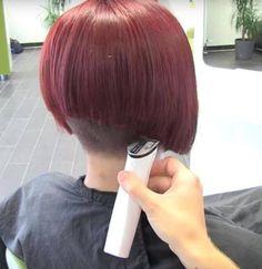 Edgy Haircuts, Stacked Bob Hairstyles, Short Bob Haircuts, Short Hairstyles For Women, Cool Hairstyles, Shaved Bob, Shaved Nape, Shaved Sides, Really Short Hair
