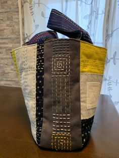 Sashiko Embroidery, Japanese Embroidery, Patchwork Bags, Quilted Bag, Denim Tote Bags, Canvas Tote Bags, Boro Stitching, Art Bag, Fabric Bags