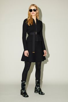 See the complete Tomas Maier Fall 2017 Ready-to-Wear collection.