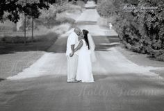 Outdoor Wedding Photography - Lifestyle Photography -  holly suzanne photography