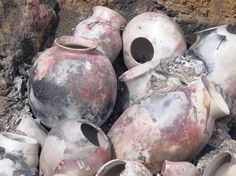 Pit firing - Up in Smoke Pottery - link to list of colorants
