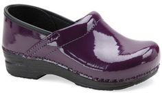 I LOVE these purple Danskos!!