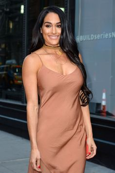 Nikki Bella Looking Fab In This Simple Caramel Slip Dress These Wwe Divas Are An Inspiration