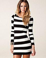 Wide Stripe Mini Dress - Vero Moda - Musta - Mekot - Vaatteet - NELLY.COM