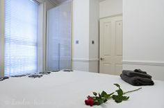 Bedroom Covent Garden, One Bedroom, Relax, Pearl, London, Luxury, Bead, Pearls, London England