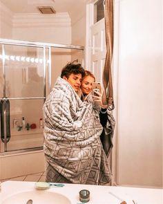 Selfie Ideas With Boyfriend Pictures Couple Goals Relationships, Relationship Goals Pictures, Couple Relationship, Cute Boyfriend Pictures, Cute Couple Pictures, Couple Pics, Couple Goals Teenagers, Cute Couples Goals, Boyfriend Goals