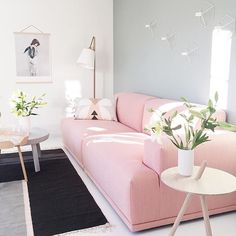 """imm24: """"The home of @nordiskehjem owner @villavinje  pink couch anyone? """""""