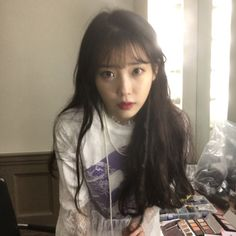 Image about kpop in ℓq вєαυту by 地獄 少女 on We Heart It Korean Girl, Asian Girl, Iu Twitter, My Girl, Cool Girl, Kim Chungha, Kim Hyuna, Iu Fashion, Ulzzang Girl