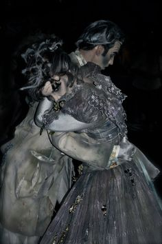 Haunted Mansion ballroom dancers in the Disney Boo To You parade.  #costume #Halloween #ghosts