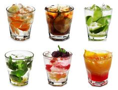 Get Your Drinks On With These Keto-Friendly Cocktails Party Drinks, Cocktail Drinks, Fun Drinks, Yummy Drinks, Cocktail Recipes, Cocktail Parties, Beverages, Champagne Cocktail, Yummy Food