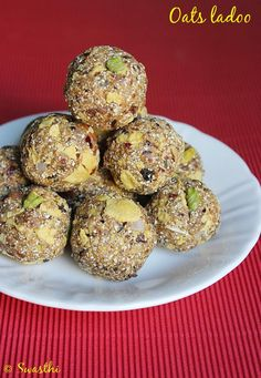 Oats dry fruits ladoo recipe, low fat Indian sweet recipes via Indian Dessert Recipes, Indian Sweets, Indian Snacks, Indian Recipes, Oats Recipes, Sweets Recipes, Cooking Recipes, Recipies, Cooking Food