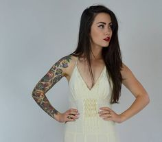 Gorgeous 90s Sue Wong dress. Made in an ivory white silk chiffon. Side zipper. Lined in an ivory silky soft poly material. Low V neckline, pinch accordion detail on front of bodice. Flowy flirty skirt. This dress is truly a dream!  SIZE: Small LABEL: 2 BRAND: Sue Wong Excellent Vintage Condition  Measurements: Bust: 33 Under bust: 28 Waist: 26 Hips: 36 Length: 45.5  Brook-Lynnes Measurements; bust: 28 waist: 25 hips:32 Height: 5 1  *Any overpayment exceeding $4 USD will be refunded back to…