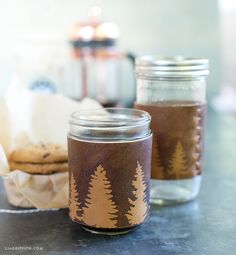 came up with this leather drink sleeve using her gorgeous & easy staining technique. When you are finished, you can use them for pint glasses or mason jars