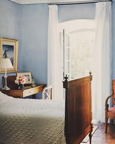 A bedroom from Agnelli's Il Convento, Corscia. Photo by François Halard.