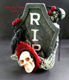 Halloween skull cameo necklace by FreakShowFollies on Etsy, $25.00 #tbec #handmade #pendant #jewelry #skull