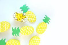 30 Adorable Summery Pineapple DIYs