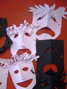 Greek theater masks: Tragedy and Comedy by maureencrosbie Diy And Crafts, Crafts For Kids, Arts And Crafts, Paper Crafts, Visual And Performing Arts, 6th Grade Art, Greek Art, Middle School Art, Camping Crafts