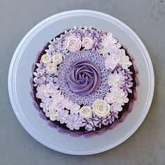 One of the cake that we sent this afternoon... Shade of purples..