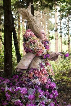 Wonderland - 'The Last Dance of the Flowers' - Kirsty Mitchell Photography Alice, Cut Flowers, Silk Flowers, Kirsty Mitchell, Modern Metropolis, Last Dance, Fashion Photography Inspiration, Silk Flower Arrangements, Book Photography