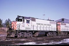 RailPictures.Net Photo: NS 2004 Norfolk Southern EMD GP38 at Raleigh, North Carolina by Wharton Separk