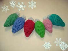 These Crocheted Vintage Christmas Bulb Ornaments are so festive and cute! Make a crochet Christmas craft with these handmade ornaments.
