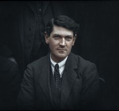 100-year-old photos of Michael Collins, W. B. Yeats and other famous faces colour-enhanced by Irishman Matt Loughrey - Irish Mirror Online