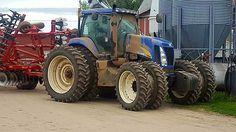 NEW HOLLAND T8040 FWD Ranch Riding, New Holland Ford, Ford Tractors, Farm Life, Farming, Fiat, Porn, Trucks, Good Job