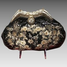 243101af4d88 Vintage Exceptional French Evening Purse with Mixed Ornamentation. Винтаж  Кошельки ...