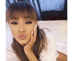 grafika ariana grande, girl girly lady, and beauty beautiful pretty Ariana Grande Fotos, Ariana Grande Bangs, Ariana Grande Cute, Ariana Grande Photoshoot, Ariana Grande Pictures, Ariana Grande Fringe, Ariana Grande Real Hair, Ariana Grande Brasil, Ariana Grande Victorious