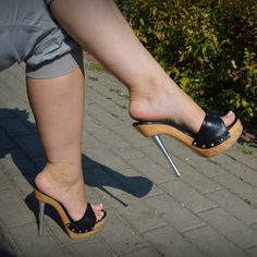 Sexy Legs And Heels, Hot High Heels, Platform High Heels, High Heel Boots, Sexy Sandals, Bare Foot Sandals, Pumps Heels, Stiletto Heels, Stilettos