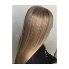 Highlights. Blonde. Beige. Beige blonde. long hair. sleek. straight. Beige Blonde, Highlights, Stylists, Long Hair Styles, Beauty, Long Hairstyle, Luminizer, Long Haircuts, Hair Highlights