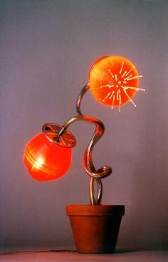 """Flor de nit"" Bernat Capellades (3rd prize at Recrea't Awards, 2004) #upcycling, #design, #light, #beacon"