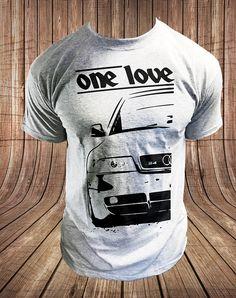 Classic British Racing Car Inspired T-shirt Gift Gildan