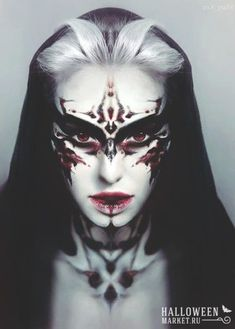 Awesome gothic queen, vampire , fantasy make up inspiration for that Halloween b… - Makeup İdeas Tutorial Sfx Makeup, Cosplay Makeup, Demon Makeup, Zombie Makeup, Scary Makeup, Makeup Geek, Makeup Inspo, Makeup Inspiration, Makeup Style