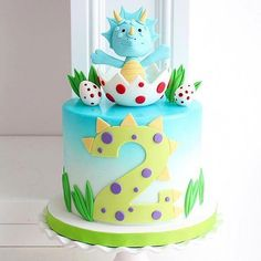 Love this hatching dinosaur cake! Dinosaur Cakes For Boys, Dinosaur Cake Toppers, Dino Cake, Dinosaur Birthday Cakes, Animal Cakes For Kids, Dinosaur Dinosaur, Dinosaur Party, Boys 1st Birthday Cake, Happy 2nd Birthday