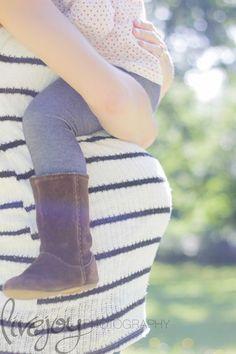 Bernard Family Maternity Photography Salem, Oregon — Newborn Photography, Maternity Photography, Family Photography - Serving Salem, Keizer, Woodburn, Dallas, Surrounding