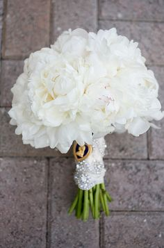 all white peony bouquet by Southern Floral Company, photo by capturedbyjen.com
