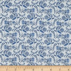 Cloud 9 Organic Moody Blues Voile Floral White from @fabricdotcom  Designed for Cloud 9 Fabrics, this organic cotton print voile fabric has a soft hand, excellent drape, and is slightly sheer. This fabric is perfect for apparel such as blouses, tunics and dresses. This fabrics has GOTS certification.