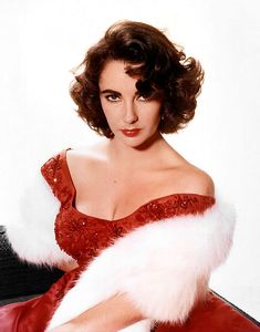 Find a complete guide to Elizabeth Taylor paper dolls, from free and printable Liz Taylor paper dolls online, to beautiful paper doll books. There are many glamorous Elizabeth Taylor paper sets around, which first began appearing in the You. Divas, Old Hollywood Glamour, Classic Hollywood, Hollywood Cinema, Old Hollywood Actresses, Hollywood Hair, Vintage Hollywood, Dicker Pony, Edward Wilding