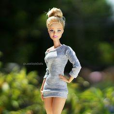 Casual look Barbie Dolls Diy Barbie Clothes, Barbie Toys, Barbie Life, Barbies Dolls, Barbie Style, Vintage Barbie, Barbies Pics, Barbie Fashionista Dolls, Beautiful Barbie Dolls