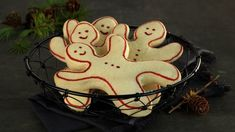 Christmas Baking, Cozy House, Gingerbread, Biscuits, Sweets, Cookies, Desserts, Recipes, House Ideas