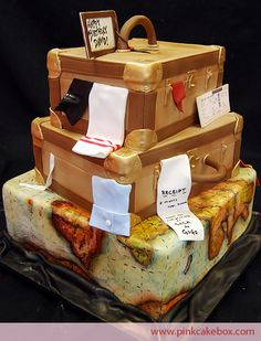 Beautiful Luggage and Map cake