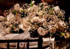 A decoração do seu casamento não precisa ser cara para ser bonita. Você pode realizar seu sonho de ter uma decoração de casamento belissima gastando pouco.