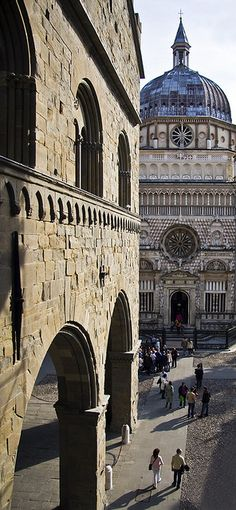 The Infinite Gallery : Cappella Colleoni, Bergamo, Lombardy, Italy Places Around The World, Oh The Places You'll Go, Places To Travel, Places To Visit, Around The Worlds, Wonderful Places, Beautiful Places, Places In Italy, Voyage Europe