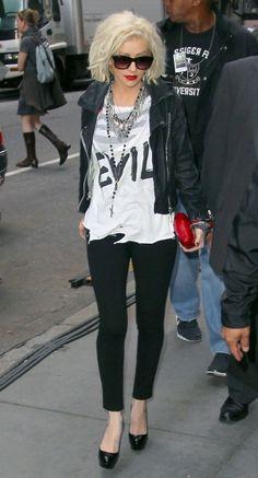 Christina Aguilera 2010 - Love this look!